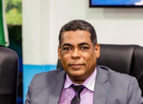 Gil Gomes cobra agilidade do governo para instalação de ZPE em Ilhéus