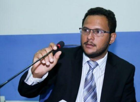 Vereador Thadeu Muniz cobra ações do executivo durante reunião com o prefeito Mário Alexandre