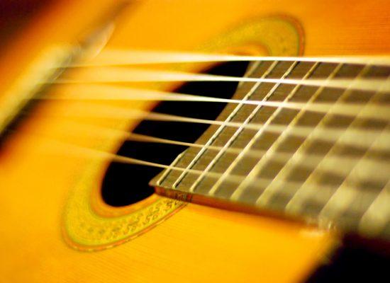 Três cantoras se apresentam no Projeto Seis e Meia nesta quarta-feira (10)