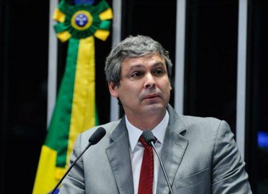 TJ do Rio mantém indisponibilidade de bens do senador Lindbergh