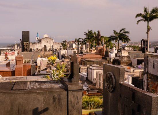 Ilhéus atualiza cadastro de proprietários de sepulturas nos cemitérios da cidade