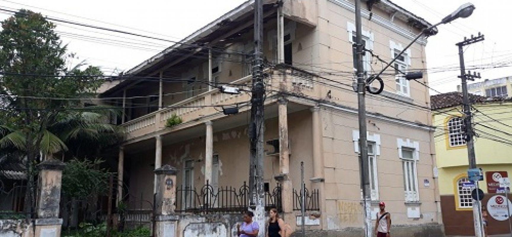 Vereador Paulo Carqueija cobra agilidade sobre posse de imóvel no centro de Ilhéus