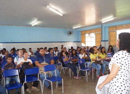 Ilhéus realiza roda de conversa com estudantes no Dia Mundial de Erradicação do Trabalho Infantil
