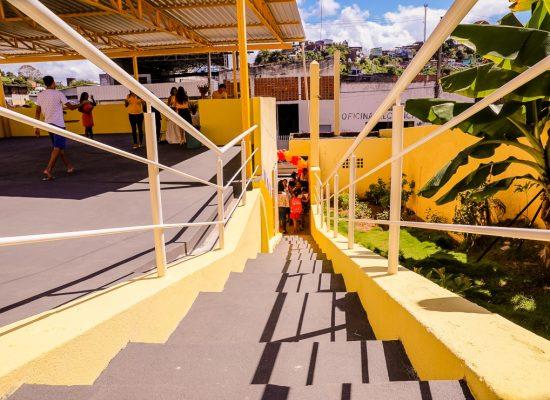 Prefeito de Ilhéus inaugura reforma do Anexo da Escola Pinóquio