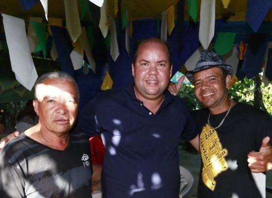Candidato a Deputado Estadual Cacá Colchões visitou distritos de Vila Cachoeira e Japu