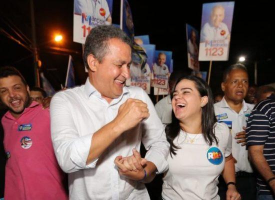 """Rui e Aline dançam o """"pagode Correria"""" em Sapeaçu"""
