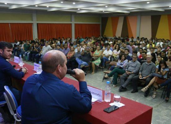Cacá Colchões participa de debate realizado pela Faculdade de Ilhéus
