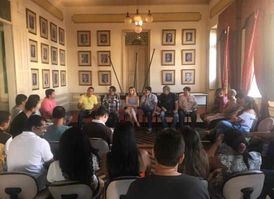 Setur dialoga com comerciantes da Passarela do Álcool sobre melhorias nos serviços