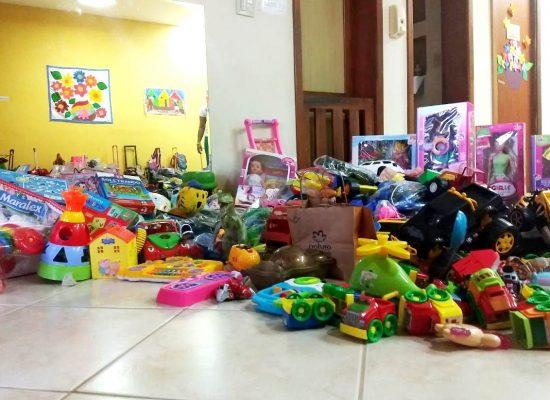 Gincana da Casa Amarela arrecada brinquedos para crianças do CRIE