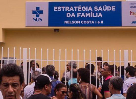 Moradores do Nelson Costa comemoram reinauguração do Posto de Saúde