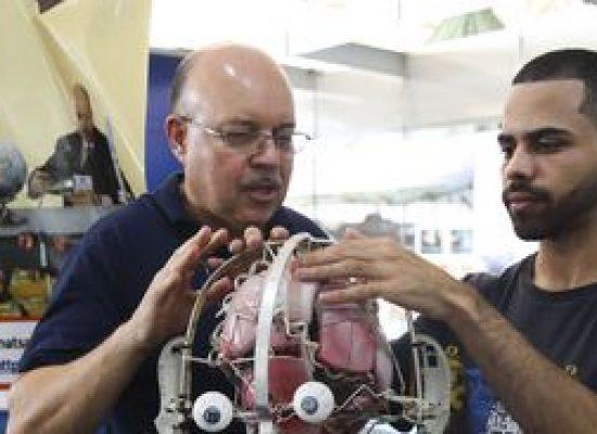Semana de ciência e tecnologia atrai estudantes do país para pesquisa
