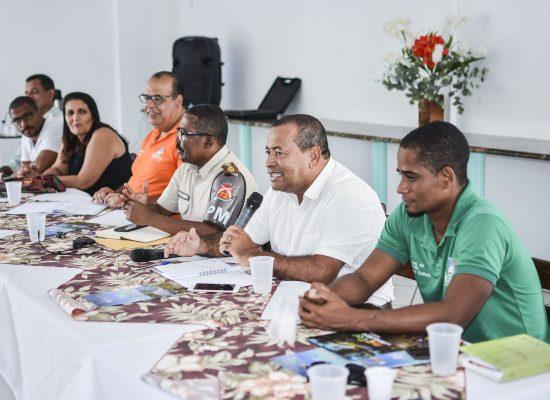 Prefeitura de Itacaré e PM discutem com a comunidade ações para implementar o verão