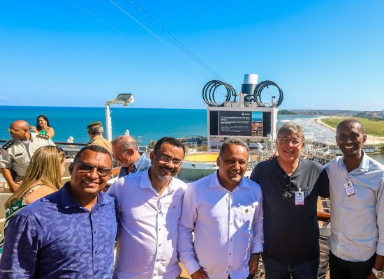 Cerimônia de troca de placas comemora chegada do MSC Seaview a Ilhéus