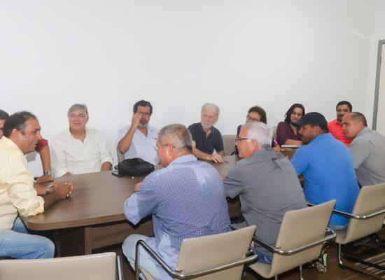 Prefeito se reúne com o trade e discute conservação da Estrada do Chocolate