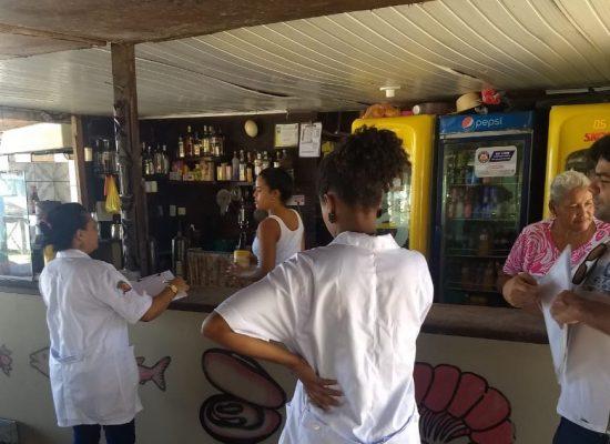 Prefeitura fiscaliza cabanas de praia para garantir segurança dos alimentos comercializado