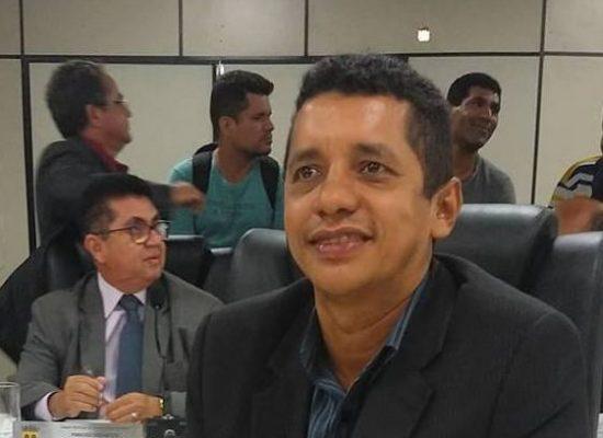 VEREADOR JAIRO ARAÚJO DENUNCIA ARMAÇÃO NO AUMENTO DE PASSAGEM EM ITABUNA