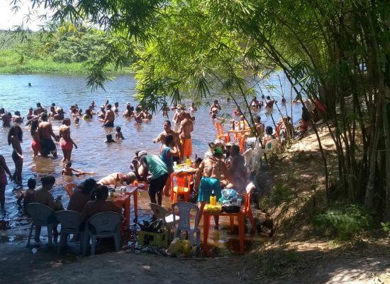 Banho de rio, sombra e frutos do mar fazem da Juerana um dos atrativos do verão ilheense