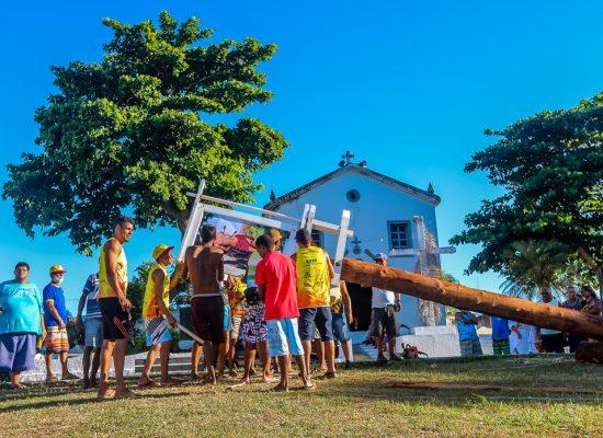 Devoção e fé marcam a festa da Levantada do Mastro em Olivença