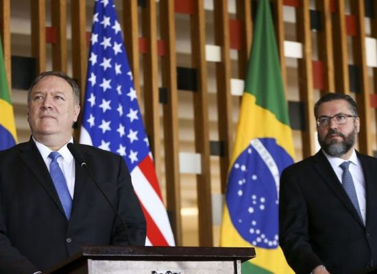 Pompeo diz que EUA e Brasil querem retomada da democracia na Venezuela