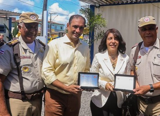 Prefeito participa da inauguração da nova sede da PM no bairro Teotônio Vilela
