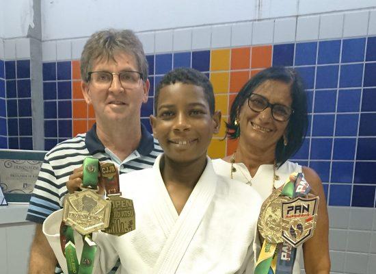 Faculdade de Ilhéus confirma patrocínio em 2019,  ao garoto campeão de jiu-jitsu Rameses Cáridas