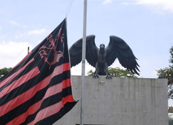 Flamengo divulga lista com nomes dos atletas mortos em incêndio