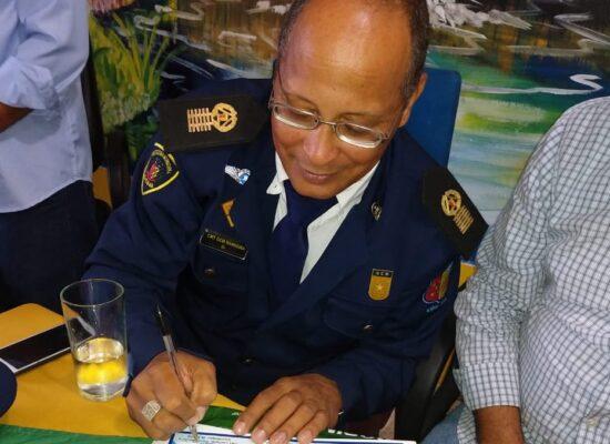 Ilhéus: Vice-presidente da Câmara, ESCUTA, apresenta Moção de Louvor ao Comandante da GCM, Leonardo Bandeira