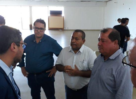 Prefeito de Itacaré solicita ao Estado mais investimentos para o turismo regional