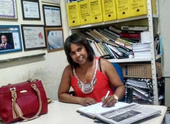 Radialista Jonaykita Silva, uma profissional que os ouvintes não esquecem
