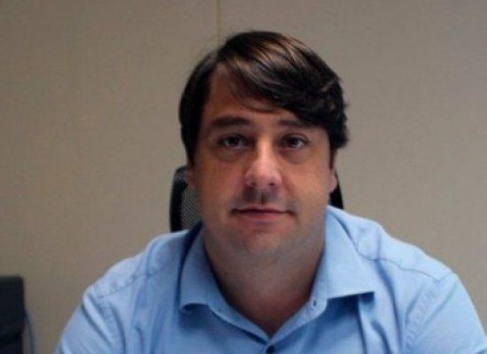 Secretario de saúde : Luiz Galvão é denunciado ao MP-BA por improbidade administrativa