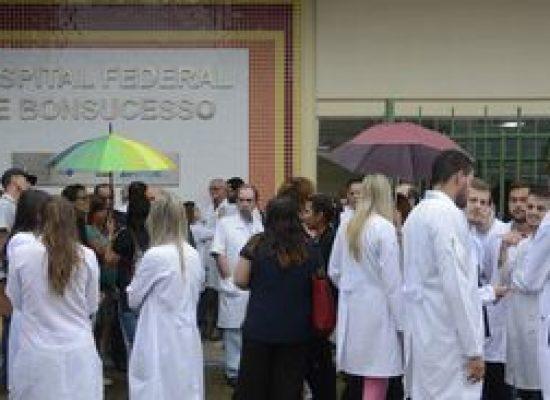 CFM pede apoio para combater agressões a profissionais de saúde