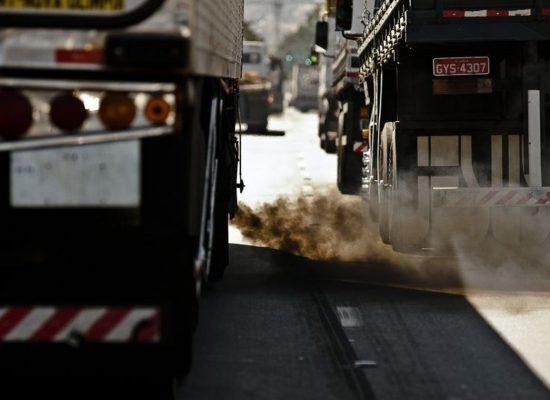 Doze governadores comprometem-se com redução da emissão de gases