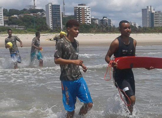 Circuito de surf recebe projeto Educar para não Afogar, neste sábado (1º) em Olivença