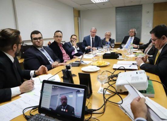 Comissão sugere ao Conselho Federal ADPF no Supremo contra os cortes nas universidades