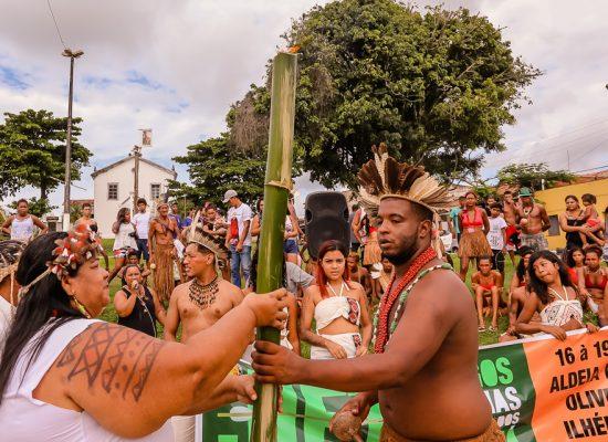 Tradição indígena marca abertura dos Jogos Estudantis Tupinambá de Ilhéus
