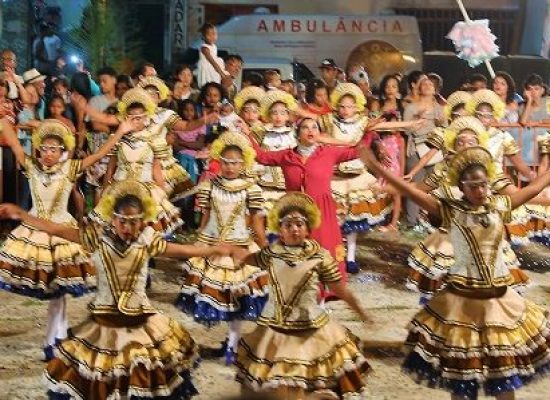 Projeto São João dos Bairros garantiu arrastapé e alegria em Olivença
