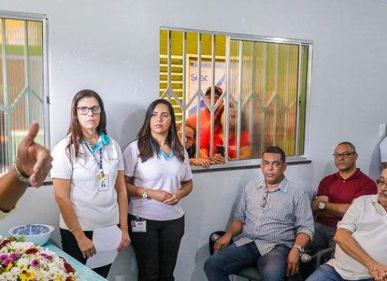 ILHÉUS: Feirantes da Central do Malhado já contam com consultório odontológico