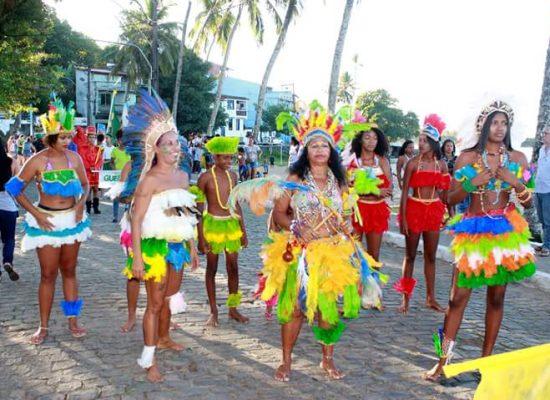 Itacaré comemora tradição dos 60 anos do desfile de Dois de Julho