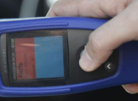 Novo bafômetro da PRF detecta embriaguez de motorista por respiração
