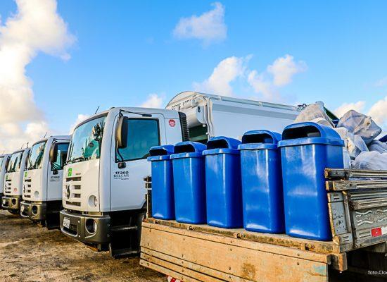 Novos caminhões intensificam Operação Cidade Limpa em Ilhéus