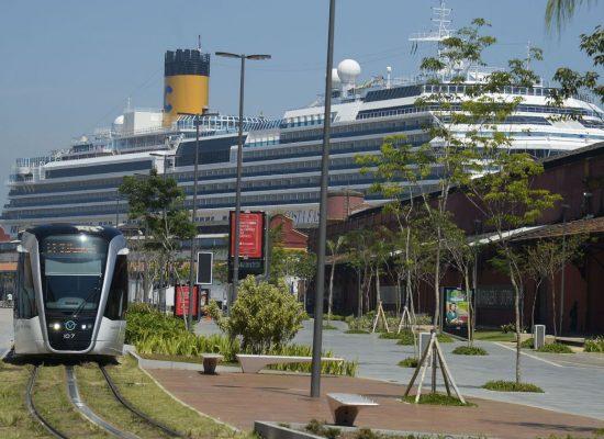Turismo de cruzeiros cresce e movimenta economia uruguaia