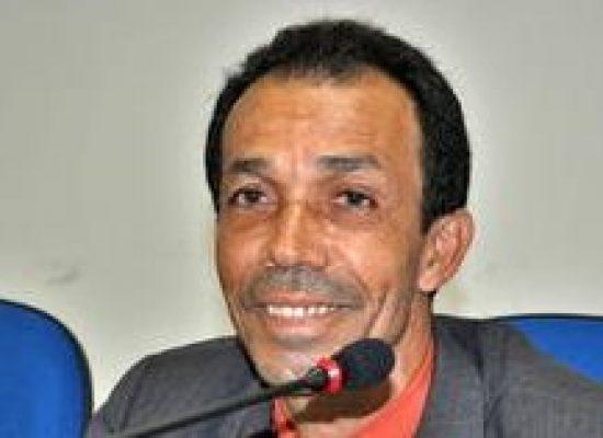 DINHO GÁS, única liderança do NSV a ser homenageado pela imprensa ilheense