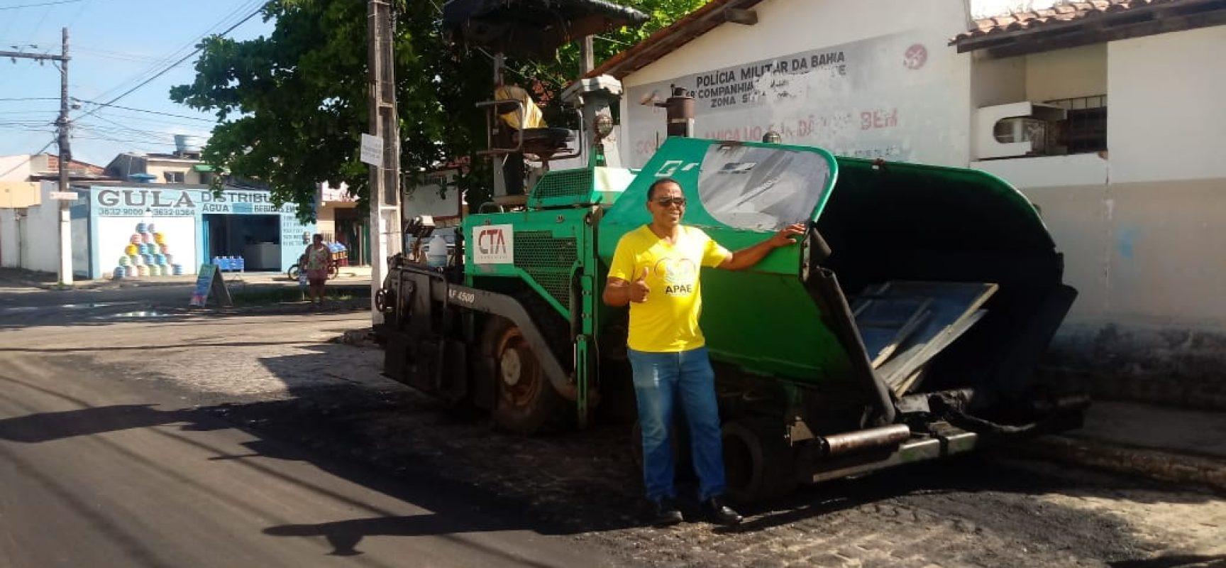 Rua da Central de Abastecimento do Hernani Sá ganha asfalto após solicitação do vereador Pastor Matos
