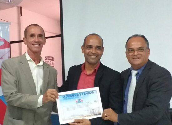 César Porto é homenageado no XX Congresso XX Congresso Sul Bahiano dos Poderes Legislativo e Executivo