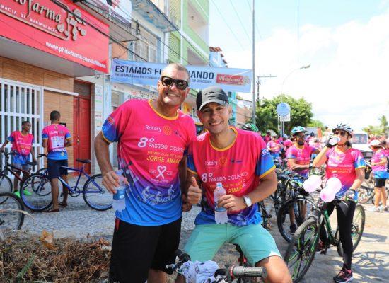 Colorido especial toma ruas de Ilhéus em passeio ciclístico contra o câncer de mama