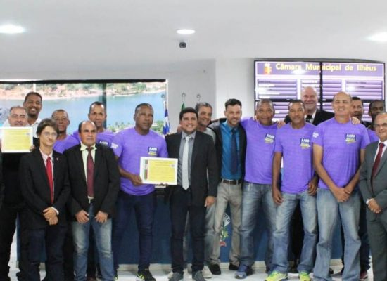 Equipe de futebol Sênior da AABB é homenageada na Câmara de Ilhéus