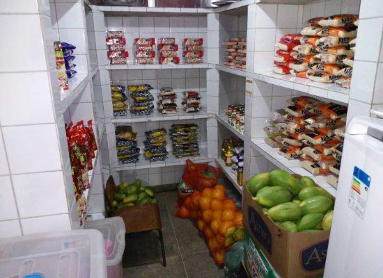 Prefeitura de Ilhéus mantém abastecido estoque de merenda escolar