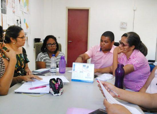 Sesau de Ilhéus discute assistência  às gestantes do município