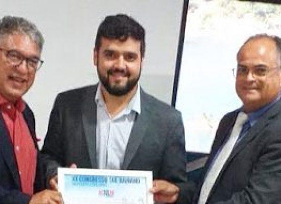 Valderico Júnior é homenageado em congresso da ACSULBA
