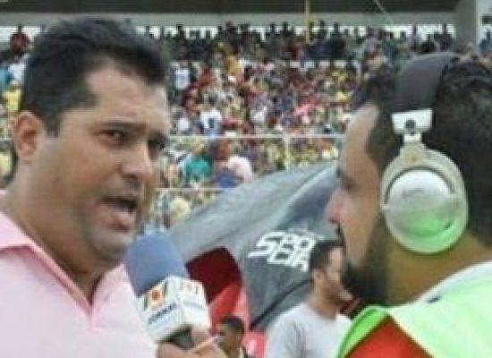 "*JÚLIO CÉSAR: ""Torcida do Colo-Colo quer e vai fazer campanha para Pastor Márcio rumo a presidência do Tigrão""."